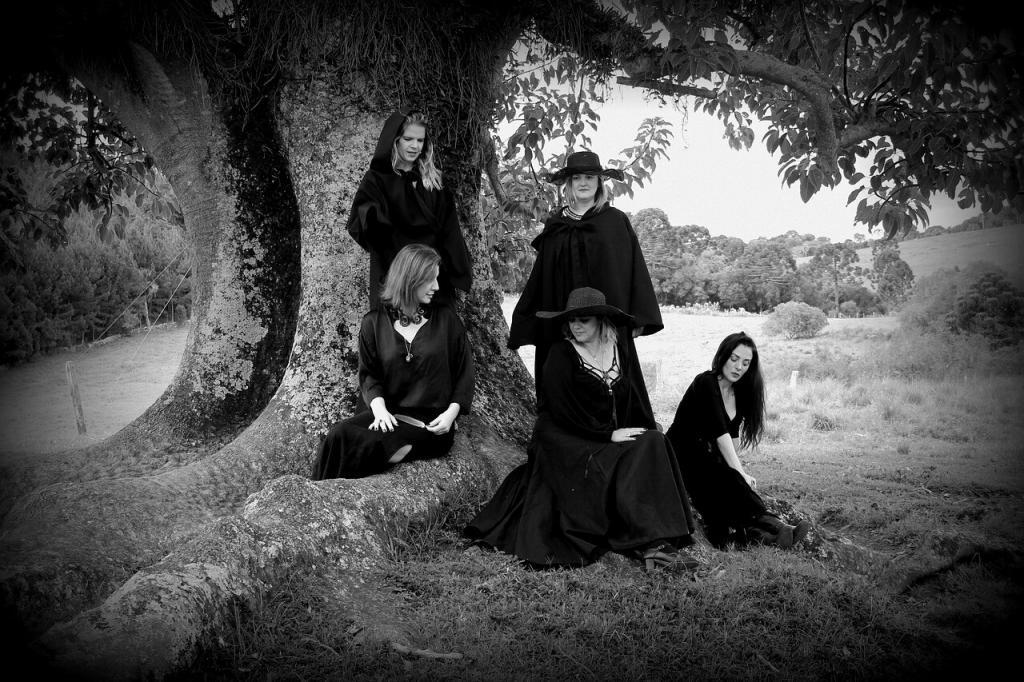 Black Magick Spell Grimore - Black Witch Coven